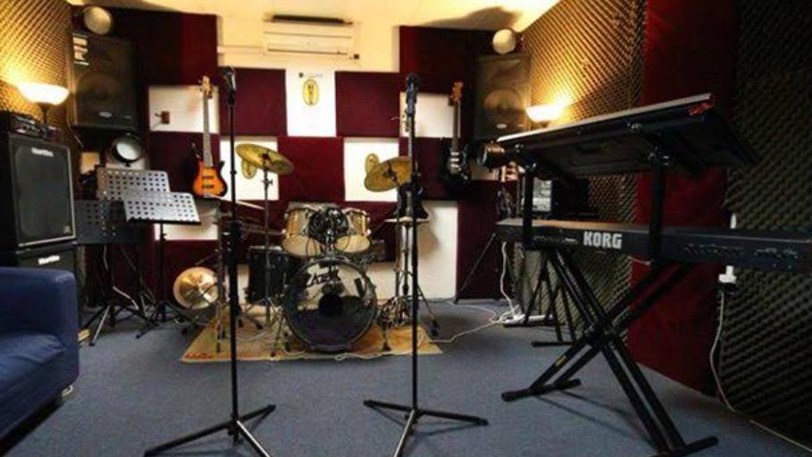 usaha studio musik dengan pinjaman online tunaiku